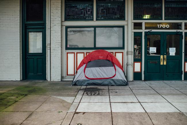homeless tent on I street