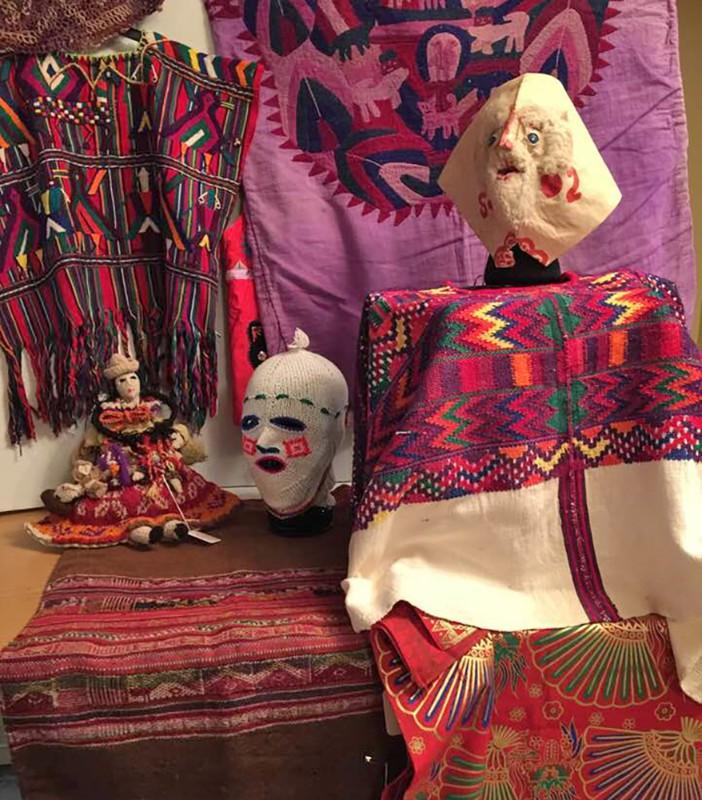 Gotelli-ethnographic-textiles-3