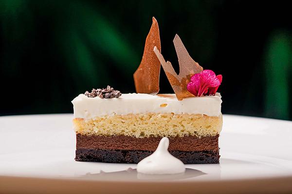 Tiramisu opera cake