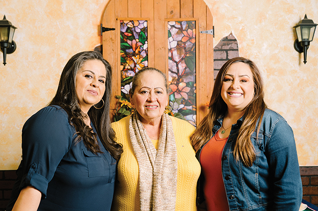 La Flor. Ruby Moreno, Maria Diaz and Lizette Diaz